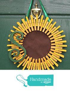 Monogrammed Summer Sunflower Wreath from Wood, Glitter, Glass, and Sass https://www.amazon.com/dp/B01GXPBRSY/ref=hnd_sw_r_pi_awdo_6YBxxbXZK6G2Q #handmadeatamazon