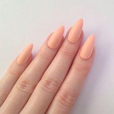 peach nails | light peach nails | simple nails | kourtney kardashian | nail polish | kardashian beauty