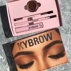 Diy Makeup, Makeup Inspo, Beauty Makeup, Kylie Makeup, Makeup Pallets, Kylie Cosmetic, Makeup Rooms, Makeup Cosmetics, Benefit Cosmetics