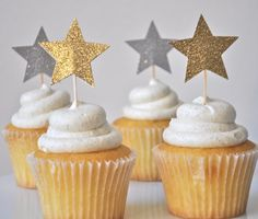 Shooting Star Cupcake Toppers - Star cake toppers, star party decorations, twinkle twinkle party, little star party, glitter star party Eid Cupcakes, Star Cupcakes, Baby Birthday, First Birthday Parties, First Birthdays, Star Baby Showers, Baby Boy Shower, Star Party, Twinkle Twinkle Little Star