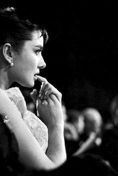 """The moment before Audrey Hepburn won the Best Actress Oscar for Roman Holiday (1954) """