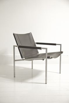 SZ02 chair. Designer: Martin Visser for T'Spectrum. 1960