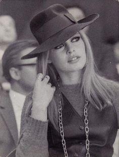 Brigitte Bardot.    Coco e l'Istrione