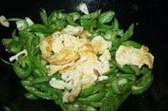 Green Capsicum Scrambled Eggs Green Capsicum, Scrambled Eggs, Potato Salad, Potatoes, Chicken, Meat, Ethnic Recipes, Food, Potato