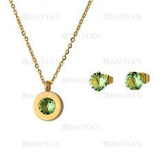 juego collar y aretes de cristal verde en acero dorado inoxidable -SSNEG1093715_1
