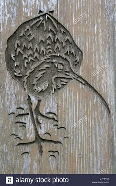 wooden-carving-of-a-curlew-C7RPH3.jpg (866×1390)