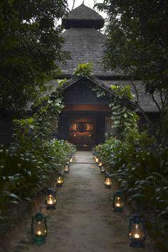 Mountain Lodge / Nepal