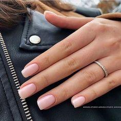 35 Pretty nail art designs for any occasion - Wedding hairstyles Natural Acrylic Nails, Cute Acrylic Nails, Short Natural Nails, Short Nails, Fancy Nails Designs, Nail Art Designs, Elegant Nails, Stylish Nails, Casual Nails