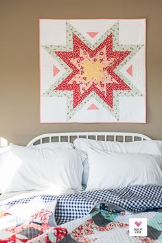 Amazing Star Quilts Modern Ideas from Quilts Ideas The ideal way to clean your quilt is at the laundromat. You'll observe that the majority of the quilts are composed of lots of unique fabrics, so they can Star Quilt Patterns, Modern Quilt Patterns, Star Quilts, Easy Quilts, Mini Quilts, Quilting Ideas, Quilt Blocks, Modern Quilting, Quilting Projects
