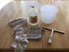 I have been using this simple and inexpensive solution to clean my windows and mirrors and it leaves them streak free!!! You'll need:  A bucket Ammonia (mine ca…