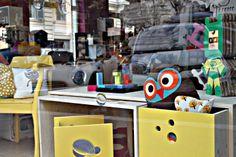 vetrina di primavera..da Sleepers in Via Savoia, i nostri kids desk e livia's chair in versione yellow!