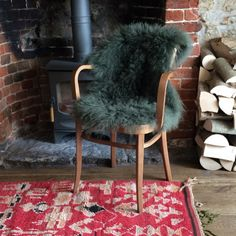SHOP: Just the thing to make a chair or bench extra cosy, a deep pile sheepskin in my favourite Xmas forest green. Last Minute Christmas Gifts, Christmas Gifts For Her, Organic Candles, Sheepskin Rug, Coffee Table Books, Love Gifts, Cosy, Dining Chairs, Colours