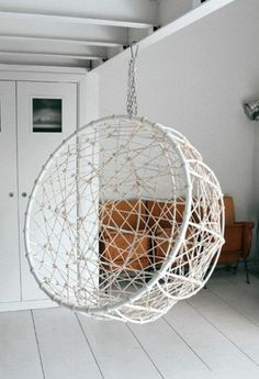 Wicker Hanging Chairs – Comfortable Seat And Decorative Element At The Same Time - http://www.girlishmag.com/hairstyle/wicker-hanging-chairs-comfortable-seat-and-decorative-element-at-the-same-time.html