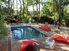 8 Types of Amazing Pools Designed For All Types of Pockets Small Backyard Pools, Small Pools, Swimming Pools Backyard, Ponds Backyard, Swimming Pool Designs, Outdoor Fire, Outdoor Pool, Indoor Outdoor, Mini Swimming Pool