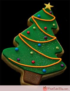 Christmas Tree Cake with Star