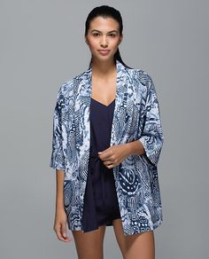1b08e2bf6e2 Have  Lululemon Cashbah Kimono Winged Mosaic Wanderlust 2015 Lululemon  Jacket