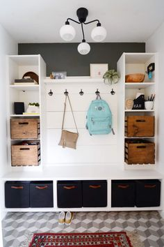 at this mudroom! Here's how to hack it in a day Look at this mudroom! Here's how to hack it in a day - IKEA HackersLook at this mudroom! Here's how to hack it in a day - IKEA Hackers Ikea Billy Bookcase, Ikea Shelves, Ikea Hack Storage, Storage Units, Ikea Hack Bench, Ikea Hackers, Entrada Ikea, Hm Deco, Ikea Billy Hack