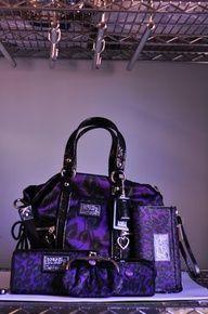 Low cost real Coach handbags, all models of Coach purses and handbags at cheap rates. Shop many brands of designer purses and handbags at cheap prices. Coach Handbags, Coach Purses, Purses And Handbags, Fendi Purses, Coach Bags Outlet, Cheap Coach Bags, Fashion Handbags, Fashion Bags, Fashion Fashion
