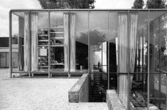 House by Jaime Ortiz Monasterio, 1953 - transparency and a je ne sais quoi of modern subtlety