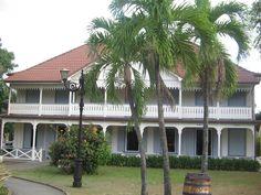 ancienne maison coloniale, le Musée du Rhum Saint-James retrace l'histoire du rhum agricole à la Martinique