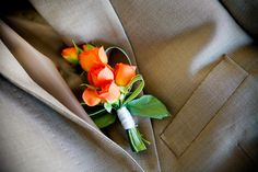 Not a fan of orange but still love this boutonniere by Eventos Euforia. Boutonnieres, Orange Boutonniere, Riviera Maya, Wedding Events, Our Wedding, Wedding Stuff, Weddings, Wedding Consultant, Mini Roses