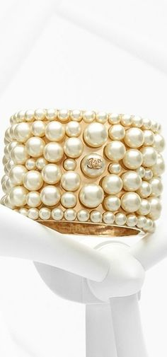 I love all things pearl created by Chanel! Chanel Pearls, Chanel Jewelry, Coco Chanel, Pearl Jewelry, Pearl Bracelet, Chanel Bracelet, Jewelry Accessories, Fashion Accessories, Fashion Jewelry
