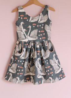 Jansen: Autumn Swans #designer #girls #fashion make me smaller or make it in my size :)