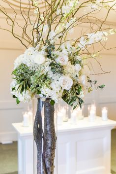Simple and elegant church wedding decor for indoor ceremony at Hawthorne House photographed by Sarah Rieth Photography near Kansas City Indoor Ceremony, Church Ceremony, Wedding Church, Church Wedding Decorations, Table Decorations, Hawthorne House, Kansas City, Glass Vase, Elegant