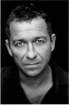 Sean Pertwee, the son of Jon Pertwee, who played the Doctor. Sean played Hugh Beringar in Cadfael. Comedy Actors, Actors Male, Actors & Actresses, Sean Pertwee, Dog Soldiers, Tv Show Music, Doctor Who Tardis, Best Supporting Actor, Sharp Dressed Man