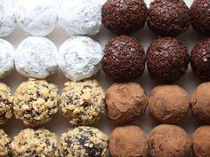 Τρουφάκια με μαύρη σοκολάτα και φυστικοβούτυρο