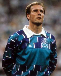 Kuvahaun tulos haulle adidas goalkeeper jersey hans van breukelen