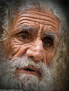 Photography People Old Faces Ideas Old Faces, Many Faces, Photographie Portrait Inspiration, Sad Eyes, Foto Art, Interesting Faces, People Around The World, Portrait Photography, Human Photography