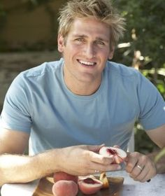 he can cook, and he is pretty to look at !! :) Such a charmer!!
