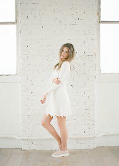 Anders - Collection civile 2015 de Rime Arodaky- photo @gregfinck * Jaimemarobe.com * Votre robe de mariée est précieuse. Pour qu'elle reste aussi belle que dans vos souvenirs, préservez-la dans nos coffrets d'exception inspirés des techniques muséales