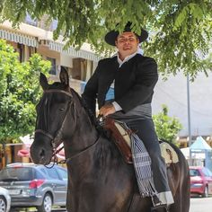 #local #horserider encounter #córdoba #Andalusia #spain #españa #horse #horseriding #rider  #travel #traveller #traveltheworld #travelphotography #igtravel #ig_spain #limkimkeong_europe #limkimkeong_spain  #旅行 #西班牙 #安达卢西亚 #科尔多瓦