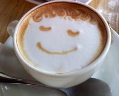 Un cafecito perfecto para una mañana nublada!