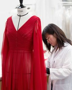 Dior Haute Couture, Haute Couture Dresses, Princess Dress Patterns, Melanie Laurent, Red Silk, Red Carpet Dresses, Silk Chiffon, Leather Jacket, Maria Grazia