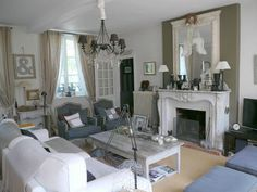shabby chic websites | Mad About Pink: Shabby chic living room inspiration from the web