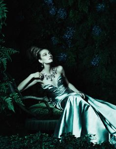 fairytale evening gowns: kasia jujeczka by yuval hen for how to spend it 14th november 2014