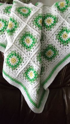 Granny Squares. This white blanket is awesome!