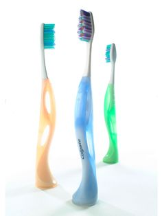 Colgate WOW Toothbrush: Beautiful Combination of Soft and Hard Plastics (designed by ECCO / Eric Chan)