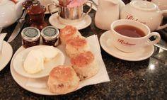 Supreme Frühstück oder auch zu einer anderen Zeit - scones with tea! Yummy!