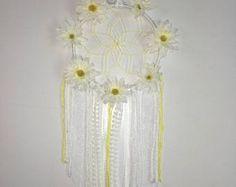 Yellow and white daisy dream catcher