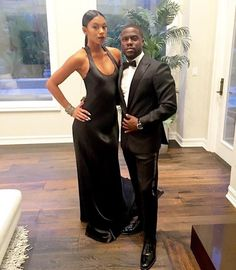 Kevin Hart with his wife