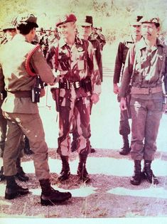 Sekilas Profil dan Biodata Prabowo Subianto Djojohadikusumo Military Police, Army, Timor Timur, Kinds Of Clouds, Old Pictures, Dan, Old Things, History, Film