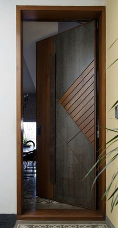 Modern Entrance Door, Main Entrance Door Design, Modern Wooden Doors, Wooden Main Door Design, Modern Door, Flush Door Design, Room Door Design, Door Design Interior, Leelah