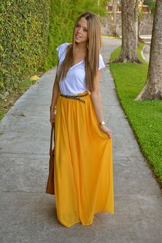Chiffon Maxi Skirt in Yellow Más Modest Outfits, Skirt Outfits, Modest Fashion, Dress Skirt, Cute Outfits, Fashion Outfits, Fall Fashion, Yellow Maxi Skirts, 2014 Fashion Trends