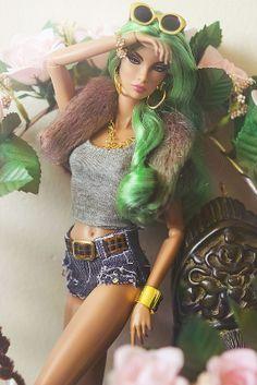 1000 images about barbie on pinterest barbie dolls fashion dolls and black barbie. Black Bedroom Furniture Sets. Home Design Ideas