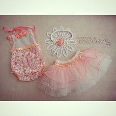 Newborn baby romper, headband and tulle skirt / photoprops