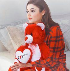 Turkish Women Beautiful, Most Beautiful Indian Actress, Turkish Beauty, Cute Girl Face, Cute Girl Photo, Stylish Girls Photos, Stylish Girl Pic, Beauty Full Girl, Cute Beauty